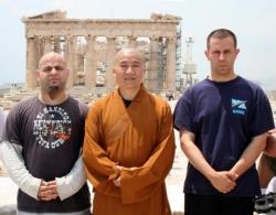 Maître Shi Heng Jun à Athènes avec des disciples